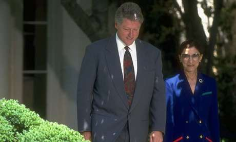 Bill Clinton e Ruth Bader Ginsburg em 'A juíza' (2018)
