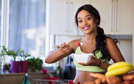 Veja como ter hábitos mais saudáveis sem sofrimento -