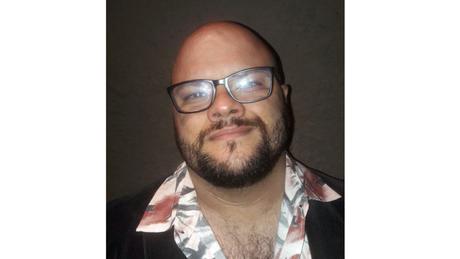 Lucas Aguiar Goulart é mestre e doutor em psicologia social e institucional pela UFRGS