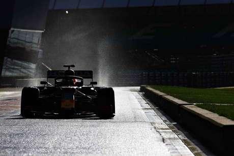 A confiança está alta para 2021, com a dupla formada por Verstappen e Pérez. Além disso, é o último ano oficial da Honda como fornecedora de motores para a equipe