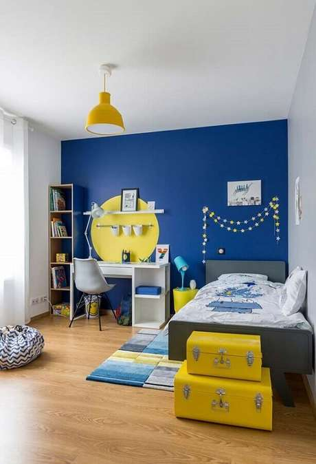 18. Decoração de quarto para criança menino azul e amarelo – Foto: Pinterest