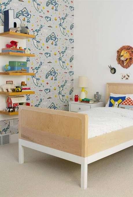 7. Invista em nichos e prateleiras para organizar e decorar o quarto para criança – Foto: Pinterest