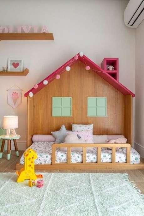 14. A cama casinha garante um ar lúdico para a decoração de quarto para criança – Foto: NaToca Design