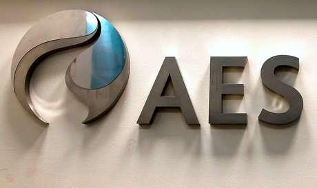 Logo da AES fotografado em Santiago, Chile  04/06/2019 REUTERS/Rodrigo Garrido