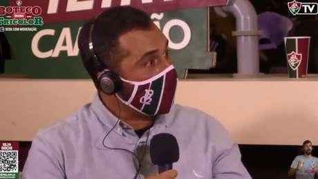 Mário Bittencourt, durante pré-jogo na FluTV, no Youtube (Foto: Reprodução / Youtube)