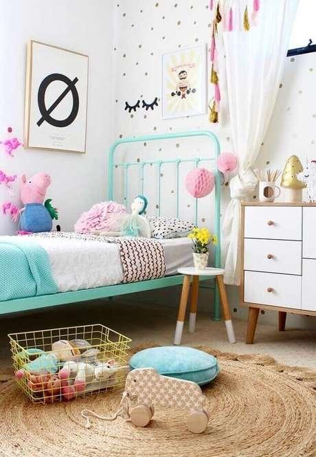 1. Detalhes coloridos podem deixar a decoração de quarto para criança muito mais divertida – Foto: Últimas Decoração