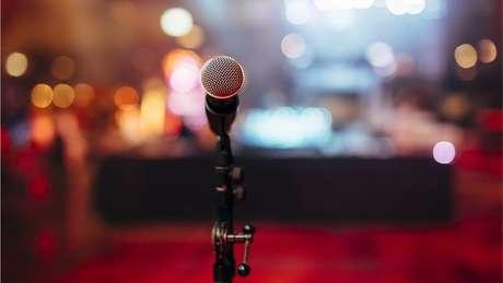 """Segundo juízes do caso, o direito à dignidade do cantor, que é protegido por lei, foi violado, e o humorista """"excedeu os limites"""" da liberdade de expressão"""