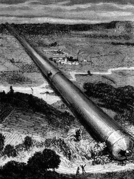 """O canhão gigante usado para lançar a espaçonave """"Columbiad"""" na história de Júlio Verne"""
