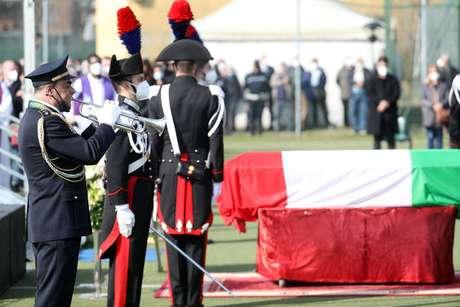 Funeral foi realizado no centro desportivo de Limbiate