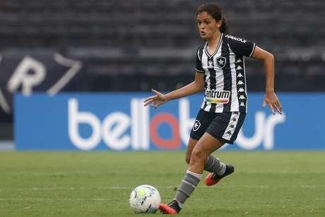 Gaby Louvain já tem passagens pela seleção feminina de base (Foto: Divulgação/Botafogo)
