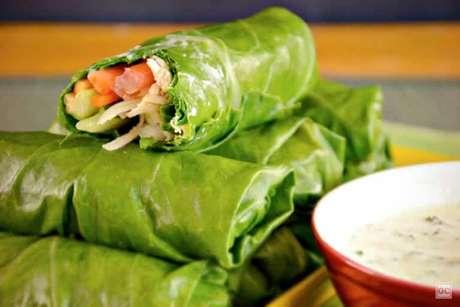 Guia da Cozinha - Wrap de couve para um almoço nutritivo e saboroso