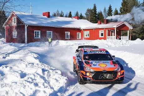 Ott Tänak tem a quinta colocação na classificação do WRC