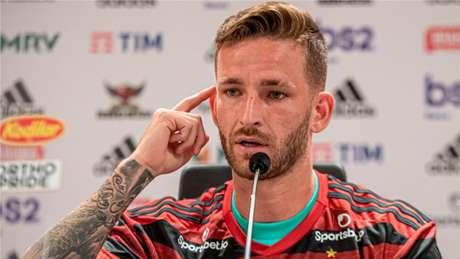 Léo Pereira foi apresentado no Flamengo em fevereiro de 2020 (Foto: Paula Reis / Flamengo)