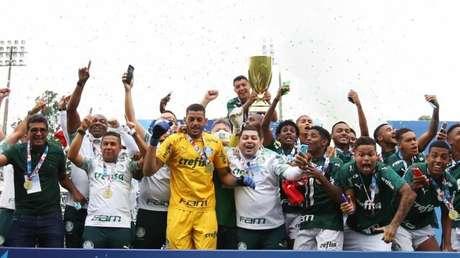 Verdão faz história ao conquistar o tetracampeonato Paulista da categoria (Foto: Fábio Menotti/Palmeiras)