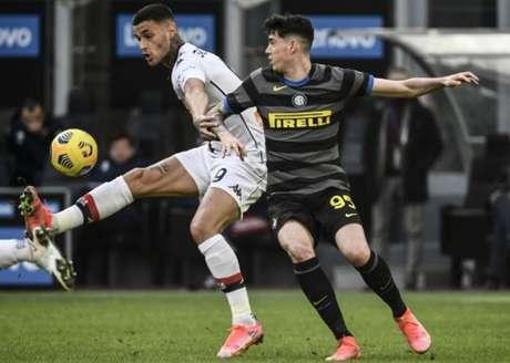 Bastoni é um dos destaques da defesa da Inter de Milão (FILIPPO MONTEFORTE / AFP)