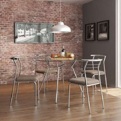 5. Mesa cromada 4 cadeiras para sala de jantar. Fonte: Pinterest