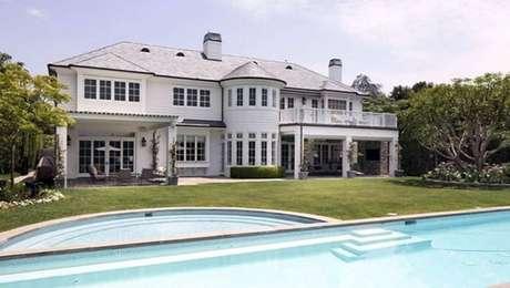 LeBron James colocou sua mansão, localizada no bairro de Brentwood, em Los Angeles, à venda