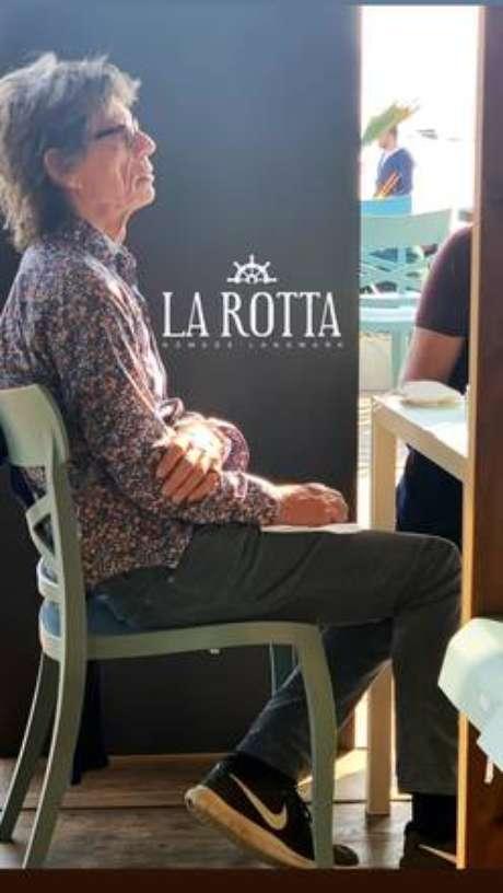 Mick Jagger teve dia de turista em Agrigento, na Itália