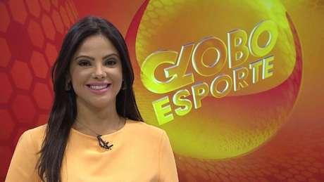 Carina Pereira apresentando o GloboEsporte MG (Foto: Reprodução/Globo)