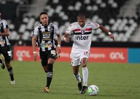 Rojas renovou contrato com o São Paulo (Foto: Rubens Chiri/ São Paulo FC)
