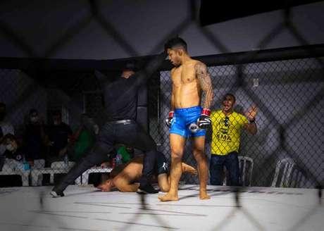 CDL Fight 1 foi coroado com incrível nocaute de Marcos Breno (Foto: Divulgação)