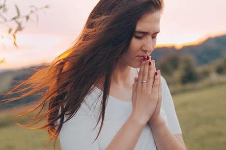 Mais do que um pedido, a oração é um comando que você dá para as suas energias e para o seu inconsciente