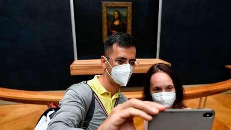 A obra é uma das mais fotografadas no museu, mas ainda preserva alguns mistérios