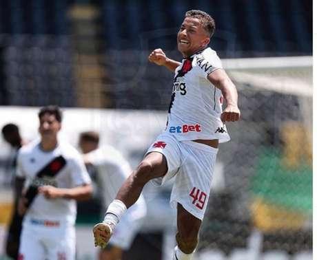 Vinícius teve oportunidades, mas não conseguiu se afirmar na temporada passada (Rafael Ribeiro/Vasco)