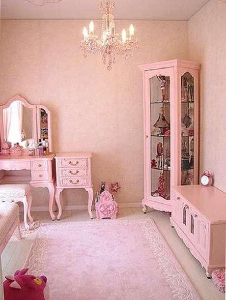 19. Combine a penteadeira rosa com outros móveis do quarto. Fonte: Pinterest