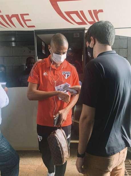 Bruno Alves completou 150 jogos pelo São Paulo nesta quarta-feira Foto: Divulgação/São Paulo)