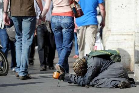 Quase 10% da população italiana vive em pobreza absoluta
