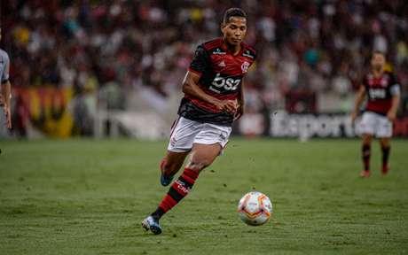 João Lucas chegou ao Flamengo em 2019 (Foto: Marcelo Cortes/Flamengo)
