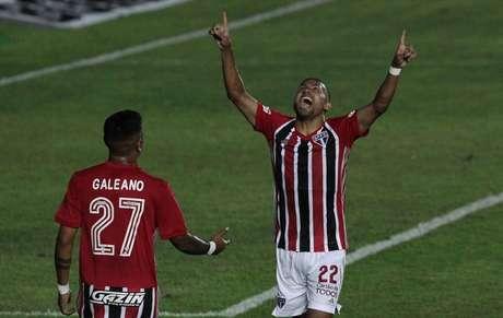 Rojas comemora gol pelo São Paulo (Foto: Rubens Chiri/ São Paulo FC)