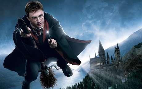 CEO da WarnerMedia alimenta rumor sobre volta de Harry Potter