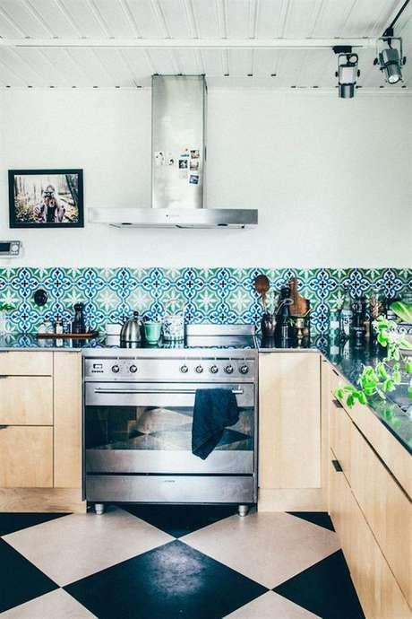 59. Azulejo retrô azul e verde – Foto Decouvrir Design