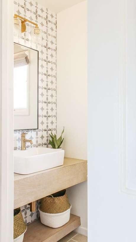 15. Azulejo retro branco e preto – Foto Design Vibes