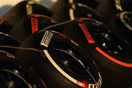 A Pirelli segue até 2024