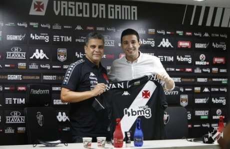 Marcelo Cabo foi apresentado na terça (Foto: Rafael Ribeiro/Vasco)
