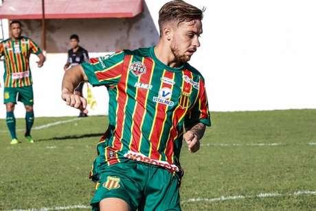 Meio-campista participou dos quatro confrontos do Sampaio na temporada 2021 (Divulgação/Sampaio Corrêa)