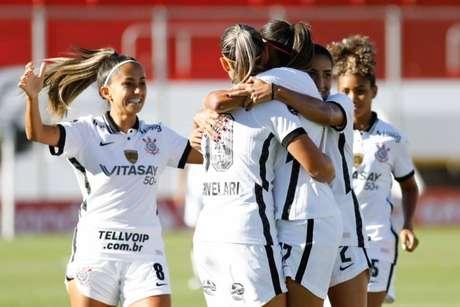Contra o El Nacional, meninas do Corinthians confirmaram o favoritismo (Foto: Rodrigo Gazzanel/Ag.Corinthians)