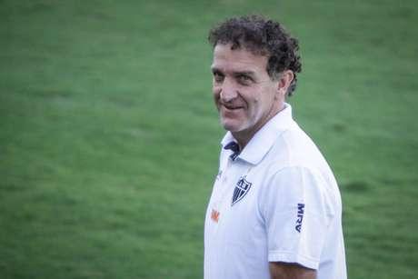 Cuca assinou por dois anos com o Atlético-MG