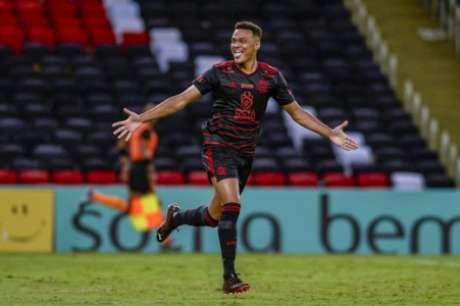 Rodrigo Muniz marcou os dois gols (Foto: Marcelo Cortes/Flamengo)