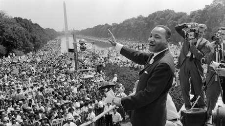 """Martin Luther King Jr. mencionou a frase """"cidadãos de cor"""" em seu famoso discurso """"Eu tenho um sonho"""" em Washington em 1963."""