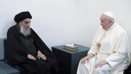 O Papa Francisco se reuniu por 45 minutos com o principal líder religioso xiita do Iraque, o aiatolá Ali al-Sistani