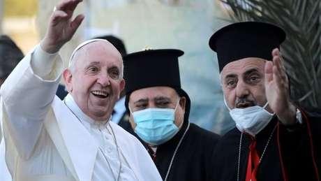 Francisco visitou uma igreja cristã na última sexta-feira (05/03) no Iraque