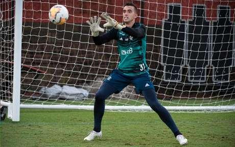 César ficará um longo período sem atuar (Foto: Alexandre Vidal / Flamengo)