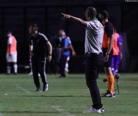 Técnico da Portuguesa acredita em uma partida ainda mais difícil contra Fluminense (Foto: Divulgação)