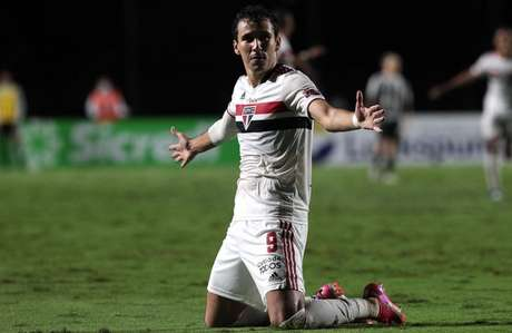 Pablo vem em ótima fase com Crespo no São Paulo (Foto: Rubens Chiri / saopaulofc.net)