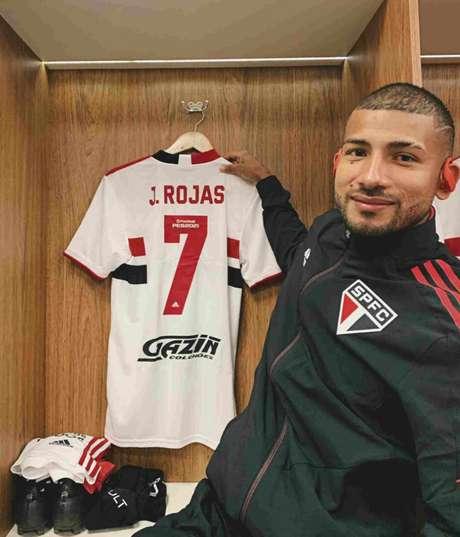 Rojas assumiu a camisa 7 do São Paulo no Paulistão (Foto: Divulgação/São Paulo)