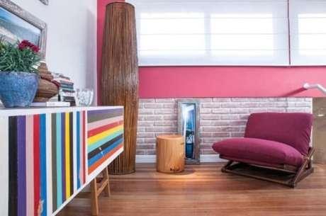 30. Aparador retro colorido – Foto Casa e Construcao